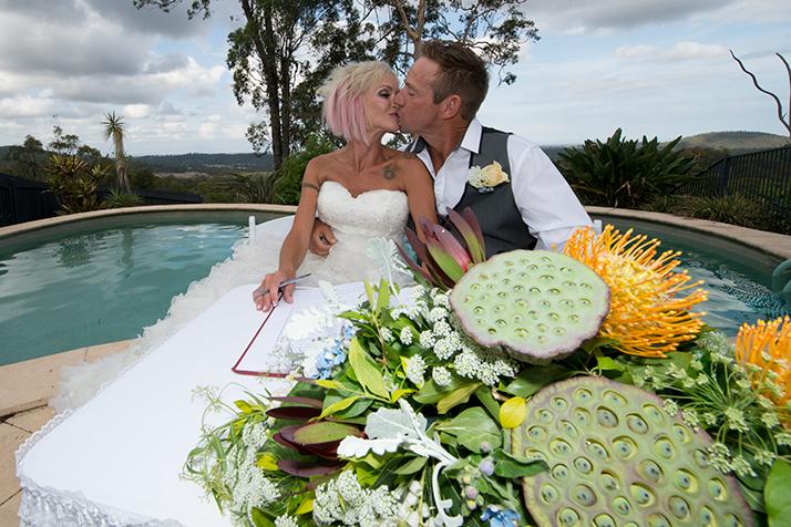 Popular Gold Coast wedding photographer